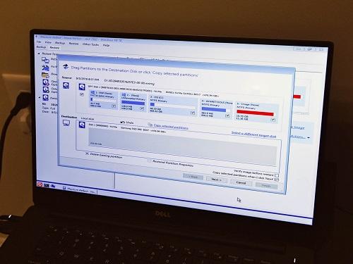 Sao lưu dữ liệu trước khi vận chuyển máy tính